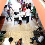 Brigada de cultivos hidropónicos y composta en Michoacán